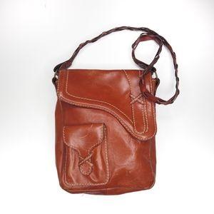 Vintage GAP leather shoulder bag approx 9x10